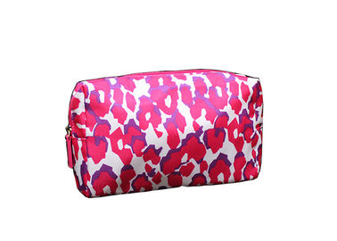 Polyester Light Weight Promotional Toiletry Bag Leopard Printed For Lady