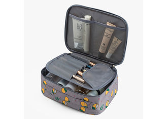 China Multi - Function Travel Cosmetic Bags , Ladies Toiletry Bag High Durability supplier