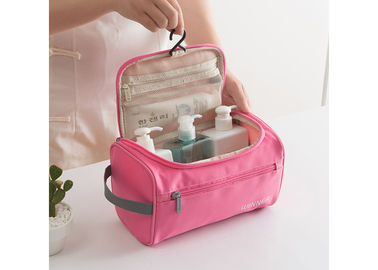 Polyester Travel Toiletry Bag OEM / ODM Service Pink Color For Ladies