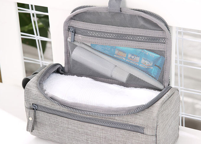 Hanging Women Mens Toiletry Bag Washable Wet And Dry Separation With Multil Compartment
